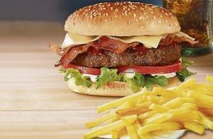 Menú de hamburguesa,bocadillo o pizza para 2