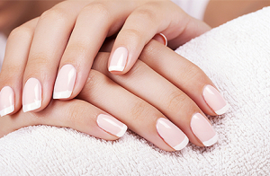 Tratamiento de manicura y pedicura