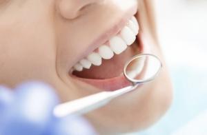 Pack de cuidado dental con limpieza